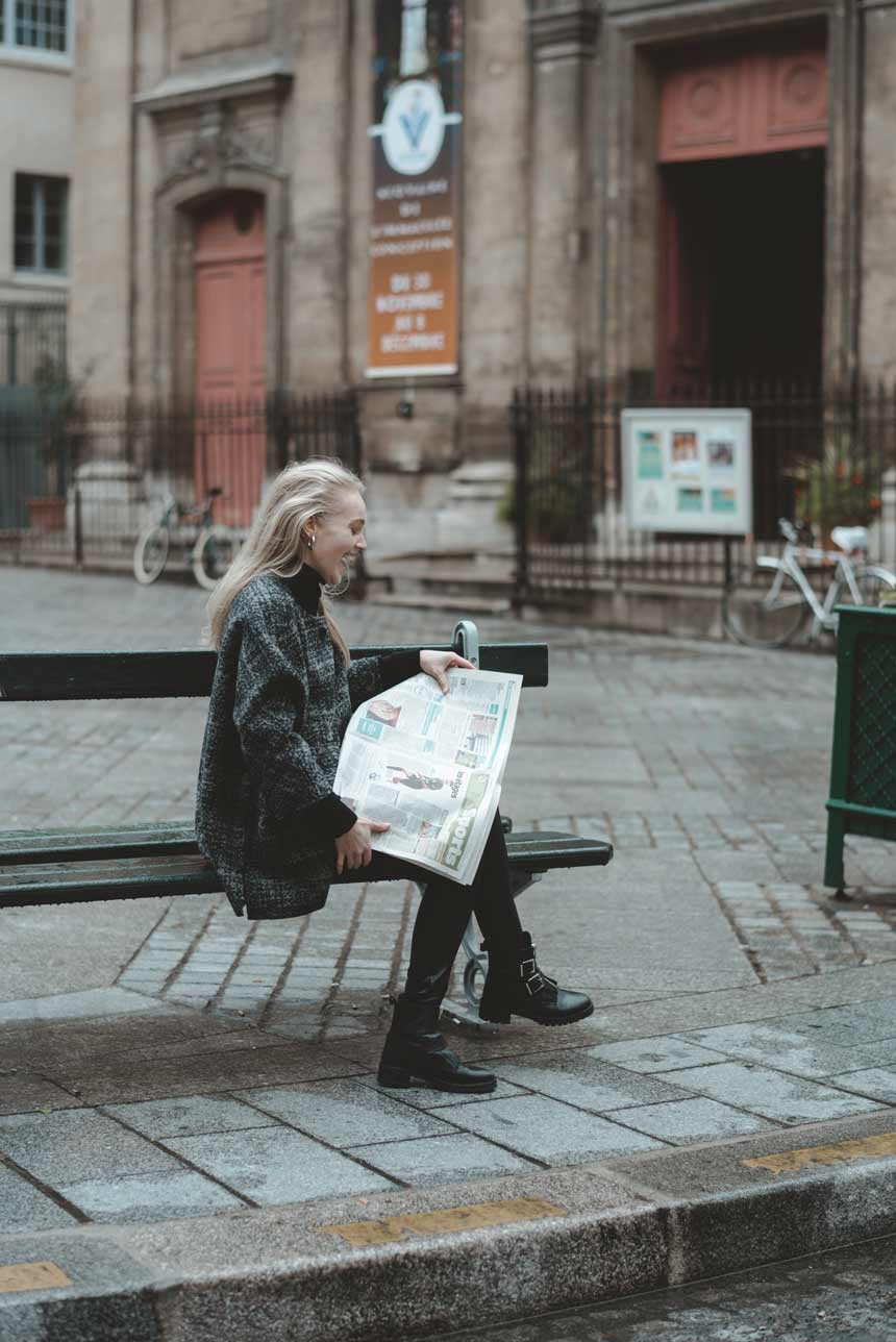 KarienAnne-181126-KIM-Paris-7-PetitPeres-RepeatCashmere-002